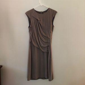 Short sleeve grey dress